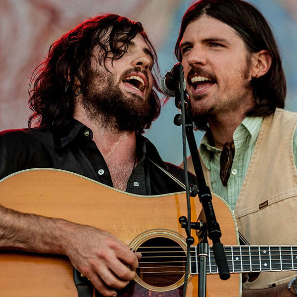 imagen 1 de Once And Future Carpenter. The Avett Brothers.