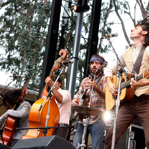 imagen 3 de Once And Future Carpenter. The Avett Brothers.