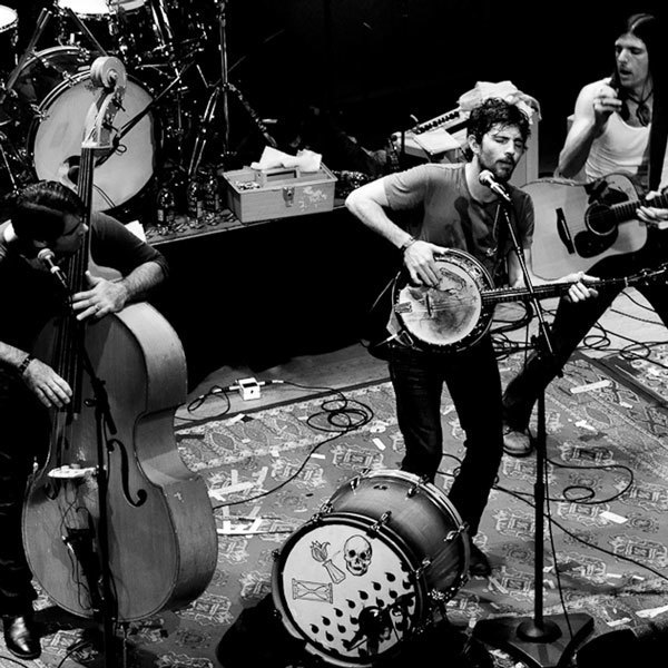 imagen 6 de Once And Future Carpenter. The Avett Brothers.
