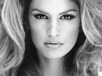 Cindy Crawford, top, top, top. Modelo.