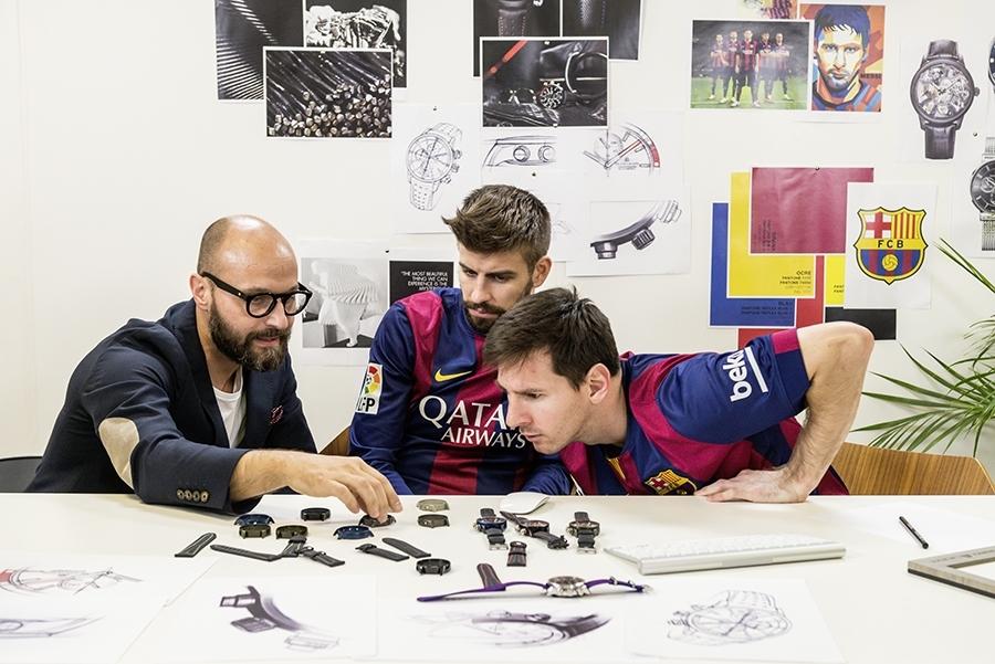 imagen 1 de Los jugadores del Barça juegan a ser relojeros con Maurice  Lacroix. 6efd8ec23c3
