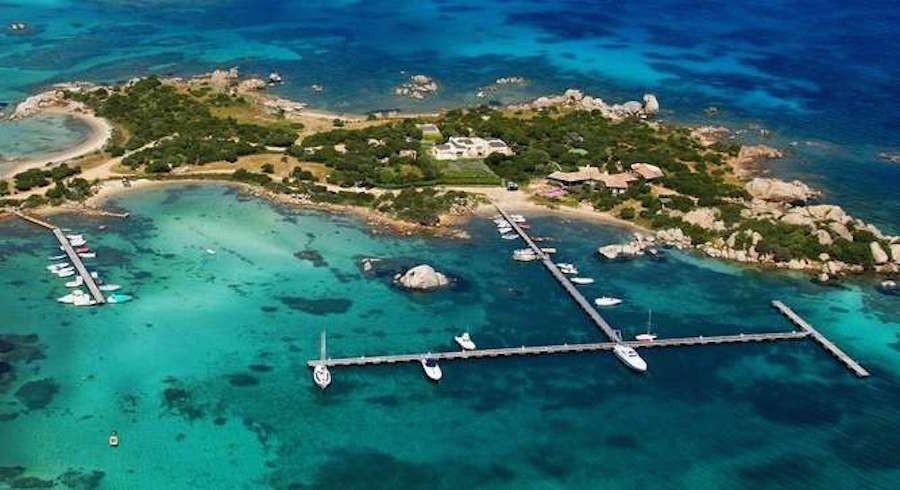 Islas privadas en venta para disfrutar del mediterr neo for Hoteles en islas privadas
