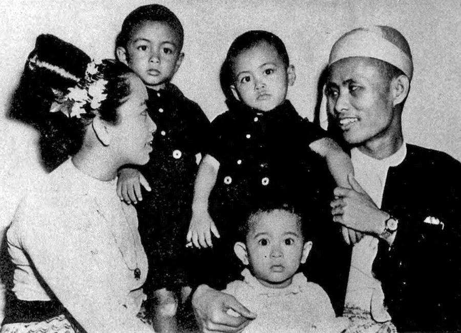 Aung San Suu Kyi La Mandela De Birmania Loffit