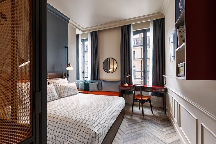 par s inaugura su hotel m s cool el nuevo the hoxton. Black Bedroom Furniture Sets. Home Design Ideas