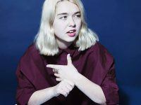 "Snail Mail comparte ""Heat Wave"", su nuevo single y video."