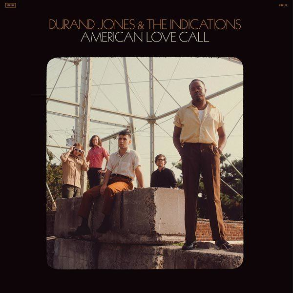 imagen 4 de La música de Durand Jones & The Indications une con naturalidad romanticismo y protesta.