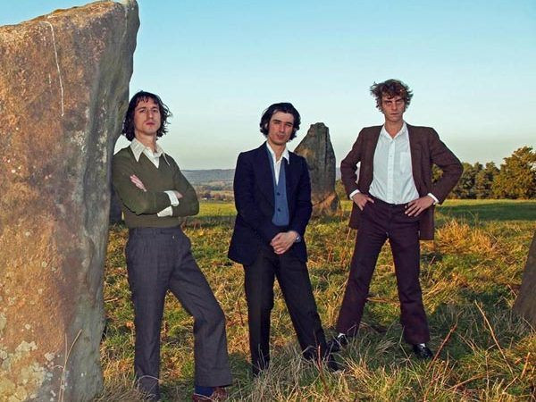 Fat White Family comparte un divertido video inspirado en los Monty Python.
