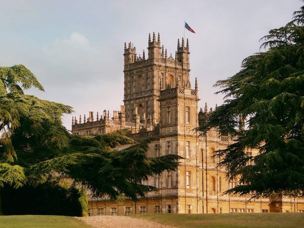 Dormir en Highclere Castle, el castillo de Downton Abbey y el de Lord Carnarvon, mecenas de Howard Carter.