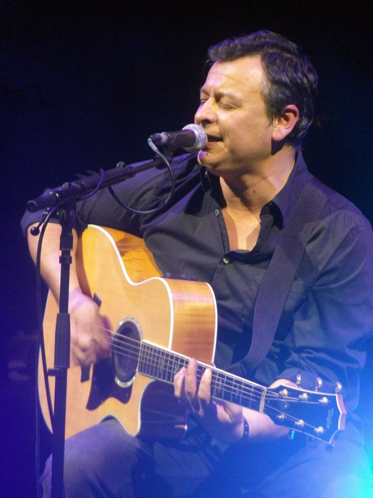 imagen 1 de James Dean Bradfield presenta un doble single adelanto de su próximo disco.