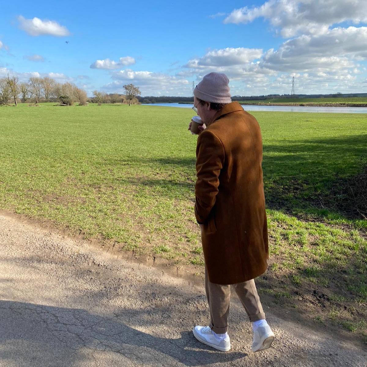 Saint Raymond estrena un palpitante medio tiempo incluido en su nuevo disco.